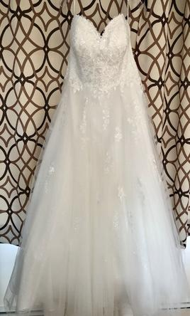 Stella York Classic Ballgown Plus-size Wedding Dress/6690+